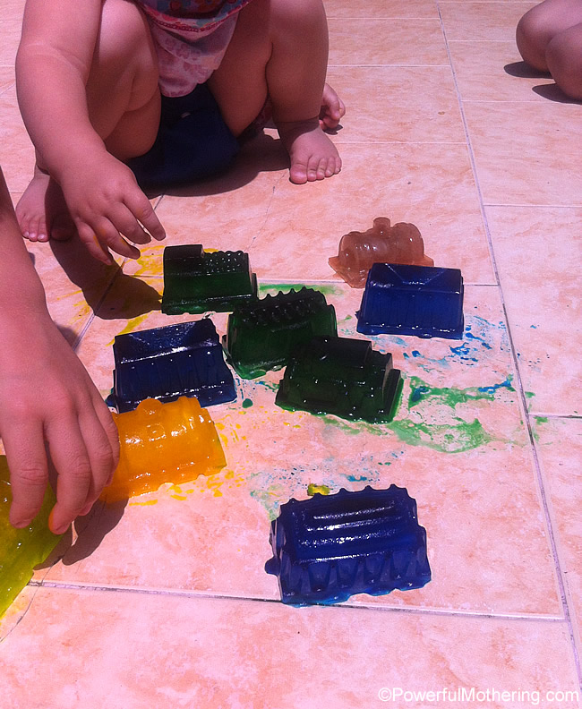 ice-play-and-train-moulds-simpleplay